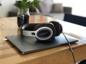 bowers and wilkins bluetooth headphones image